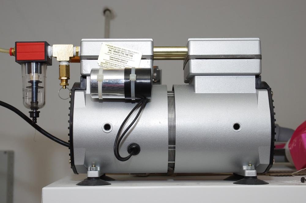 Bezolejový kompresor